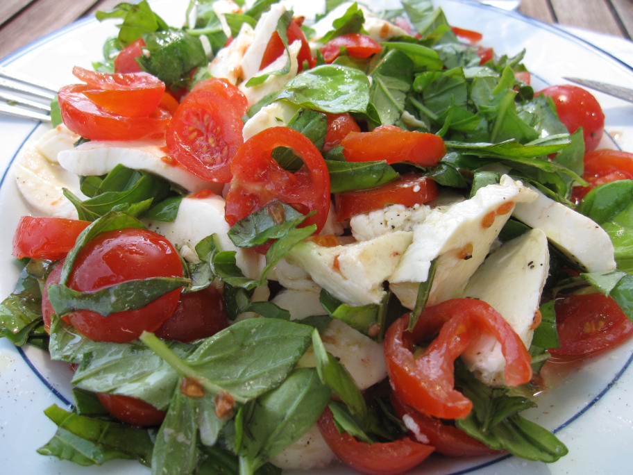 Insalata Caprese with fresh shredded basil